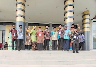 Kepala MTsN 1 Padang Hj. Rifdawati 'Full Time' Dukung Relawan MTQN ke-28