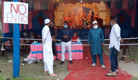Setting example of communal harmony, both Hindus, Muslims celebrate Durga Puja in Siliguri