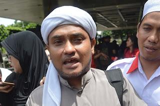 Singgung Menag, Novel PA 212: Sertifikasi Dai Diurus, Penista Agama Dibiarkan