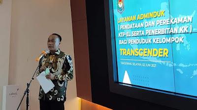 Dukcapil Beri KK dan KTP-el pada Transgender dengan Jenis Kelamin Laki-Laki atau Perempuan