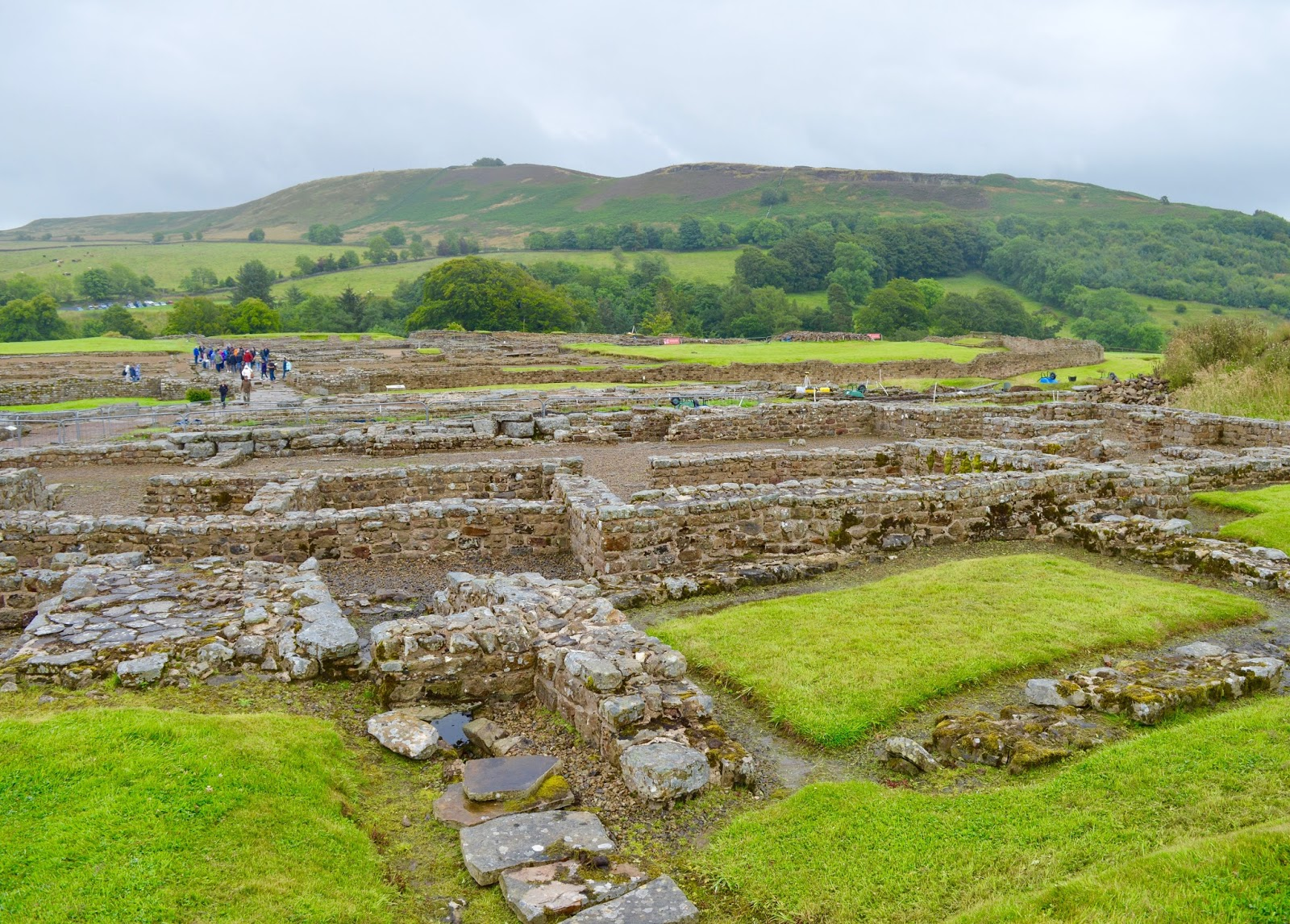 Exploring Hadrian's Wall by Bus with Go North East AD122 - Vindolanda review with kids