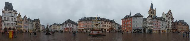 Панорама, центральная площадь города Трир, Германия