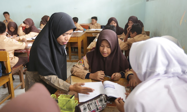 syarat kelulusan siswa pengganti ujian nasional un tomatalikuang.com