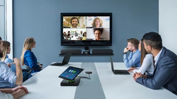 ThinkSmart Hub 500 para Zoom Rooms torna videoconferências mais eficientes