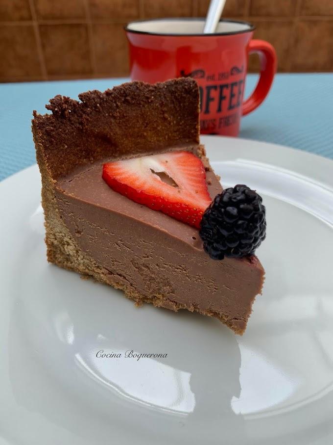 Tarta de chocolate a la naranja (sin gluten y sin lácteos)