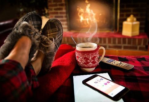 pixabay.com/en/relaxing-lounging-saturday-cozy-1979674