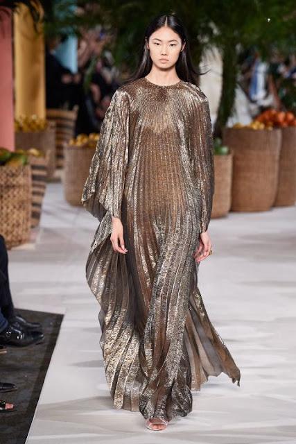 Модное платье весна-лето 2020 29