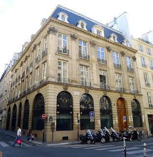 Hôtel de J.B Lully , rue Sainte-Anne