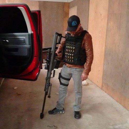 La historia de Jota Erre un narco de Culiacá antes el cártel era uno,no había las broncas de hoy, donde tienes que definirte si trabajas pa'l Chapo Guzmán o pa' los Beltrán