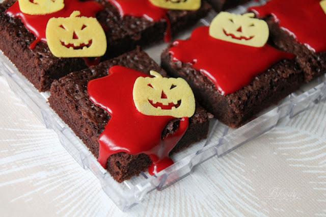 Backmischung für gruselige dekorierte Halloween-Brownies von Puda (Penny)