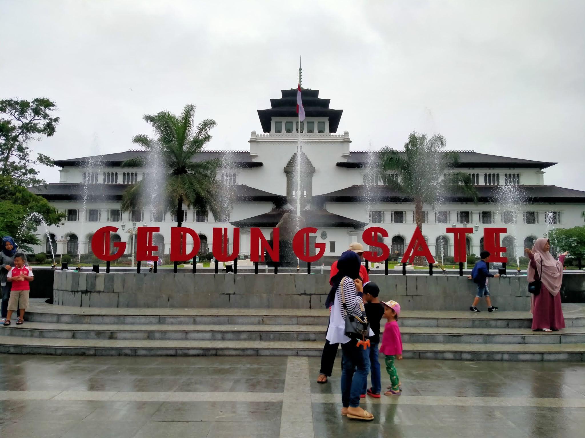4 Gedung Sejarah di Bandung Yang Jadi Tempat Wisata