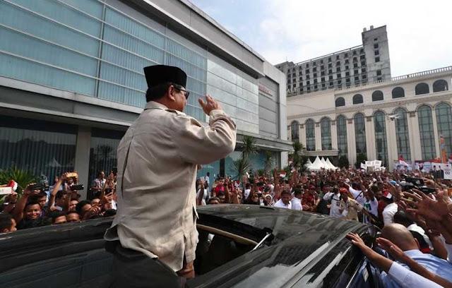 Prabowo Ajak Warga Sumut Rebut Kembali Kehormatan Indonesia