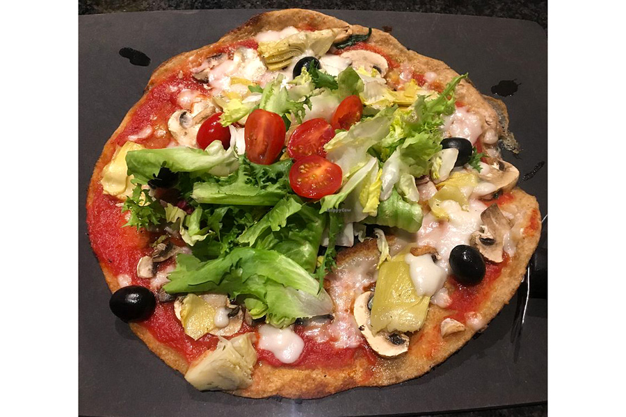 Vegan pizza in Cork Milano