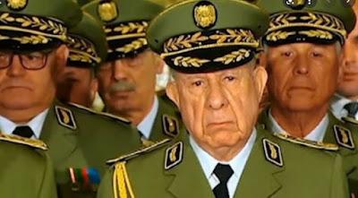 صحيفة جزائرية تفجر فضيحة مدوية بطلها الجنرال السعيد شنقريحة رئيس أركان الجيش الجزائري.