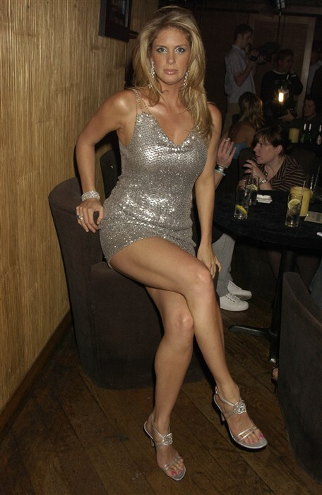 Rachel hunter wikifeet