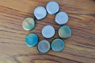 Magnesy z kapsli DIY zrób to sam