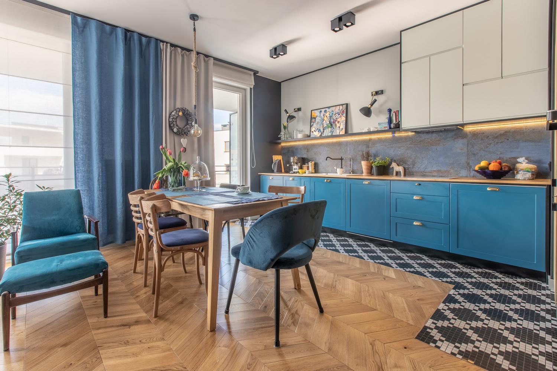 Niebieska Kuchnia Spójne Mieszkanie Z Idealną Dawką Koloru