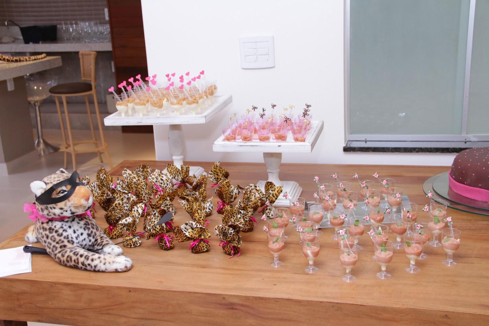 cha - cha lingerie - cha oncinha - mesa bolo - mesa doces - decoracao