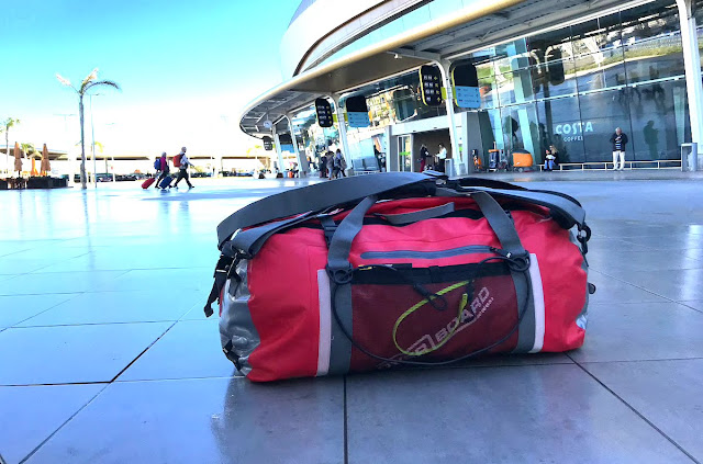 Review Overboard Bags Pro-Sports 60L Waterproof Duffel Bag