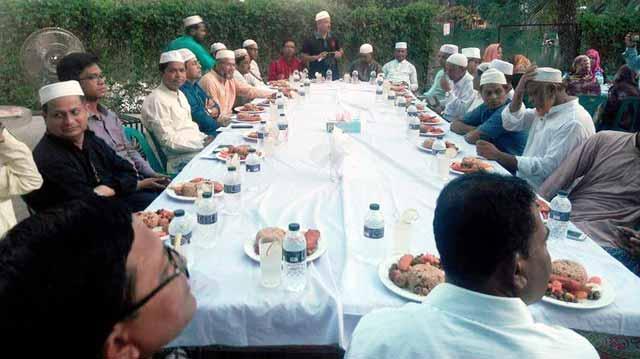 শাহরাস্তিতে উপজেলা পরিষদের উদ্যোগে ইফতার মাহফিল অনুষ্ঠিত