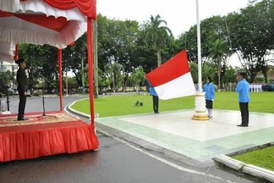 Dipimpin Gubernur Irwan, Upacara Sumpah Pemuda Bertabur Hadiah dan Penghargaan