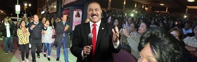 Sector Externo Ultramar Gonzalo 2020 celebra triunfo con miles de seguidores en teatro de NJ llamando a la unidad