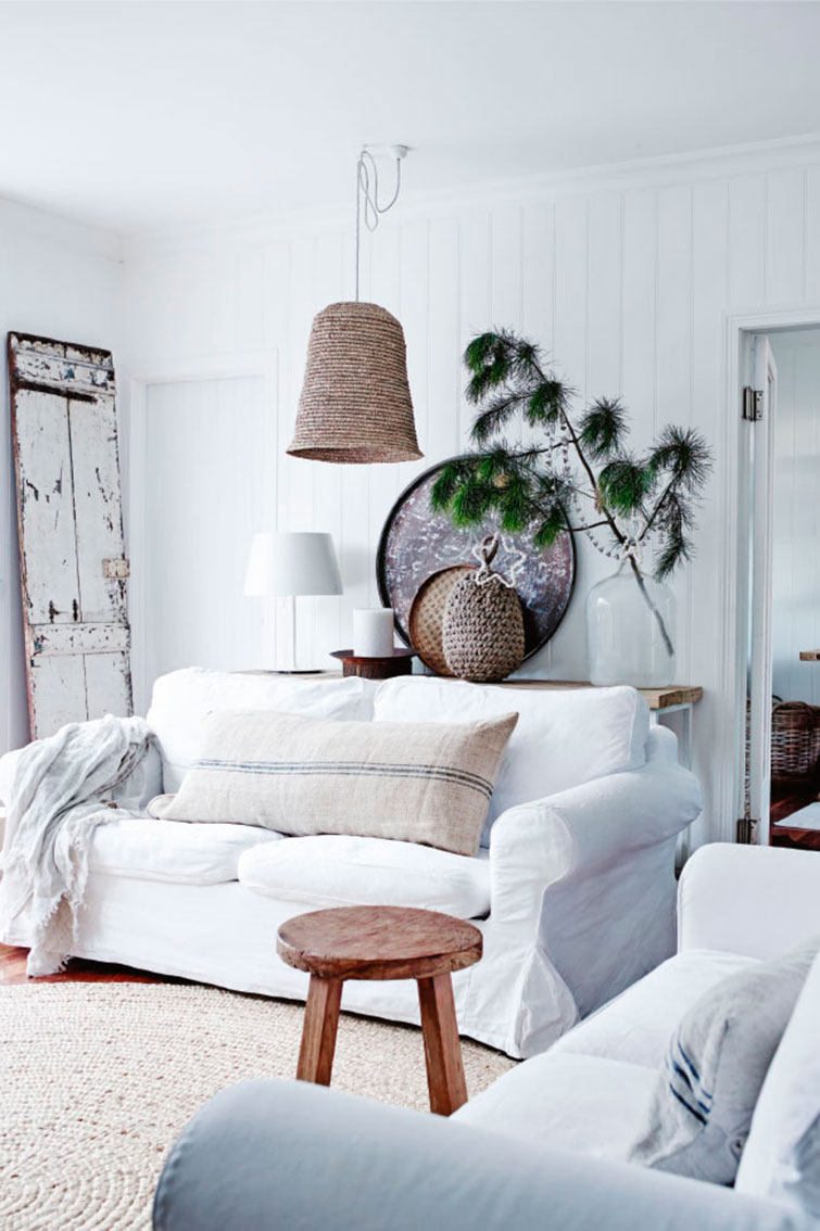 Decordemon Coastal Look Meets French Farmhouse Style