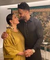 अनीता हसनंदानी अपने पति के साथ