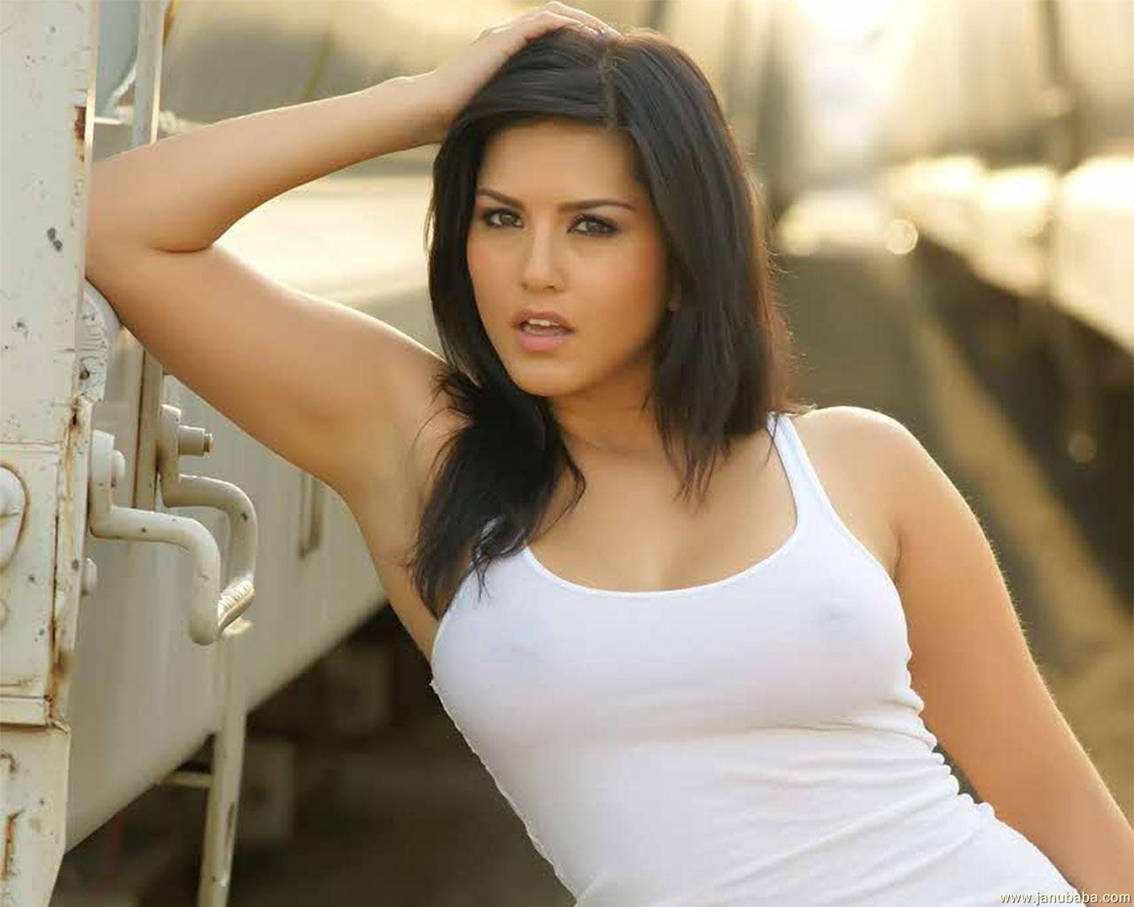 Hd Wallpapers Of Sunny Leone Hot Picture Gallery-2225