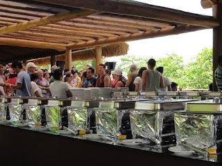 www.canionsxingo.com.br - O Restaurante Karrancas oferece opções a la carte e buffet livre, o turista pode optar por uma destas duas opções