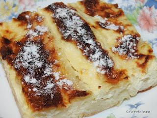 Placinta cu branza si iaurt reteta traditionala de casa romaneasca dobrogeana gatita de Revelion sau Lasata Secului, retete culinare de patiserie,