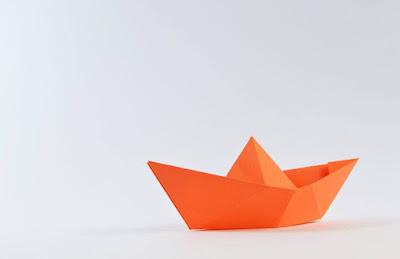 """""""Ήταν Ένα Μικρό Καράβι"""" - Θεατρική παράσταση από Εσπερινό Γυμνάσιο - Λύκειο Ηγουμενίτσας"""