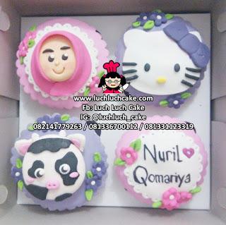 Cupcake Ulang Tahun Fondant 2d Tema Hello Kitty