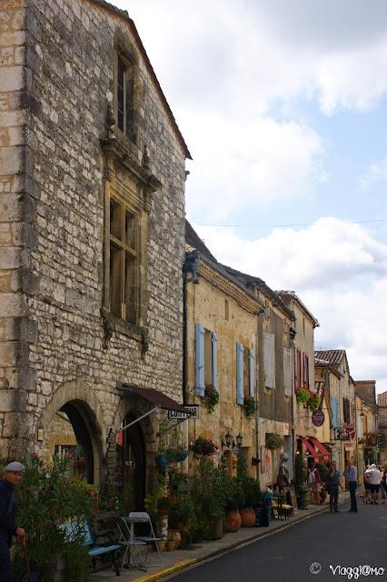 Vie del centro storico di Monpazier
