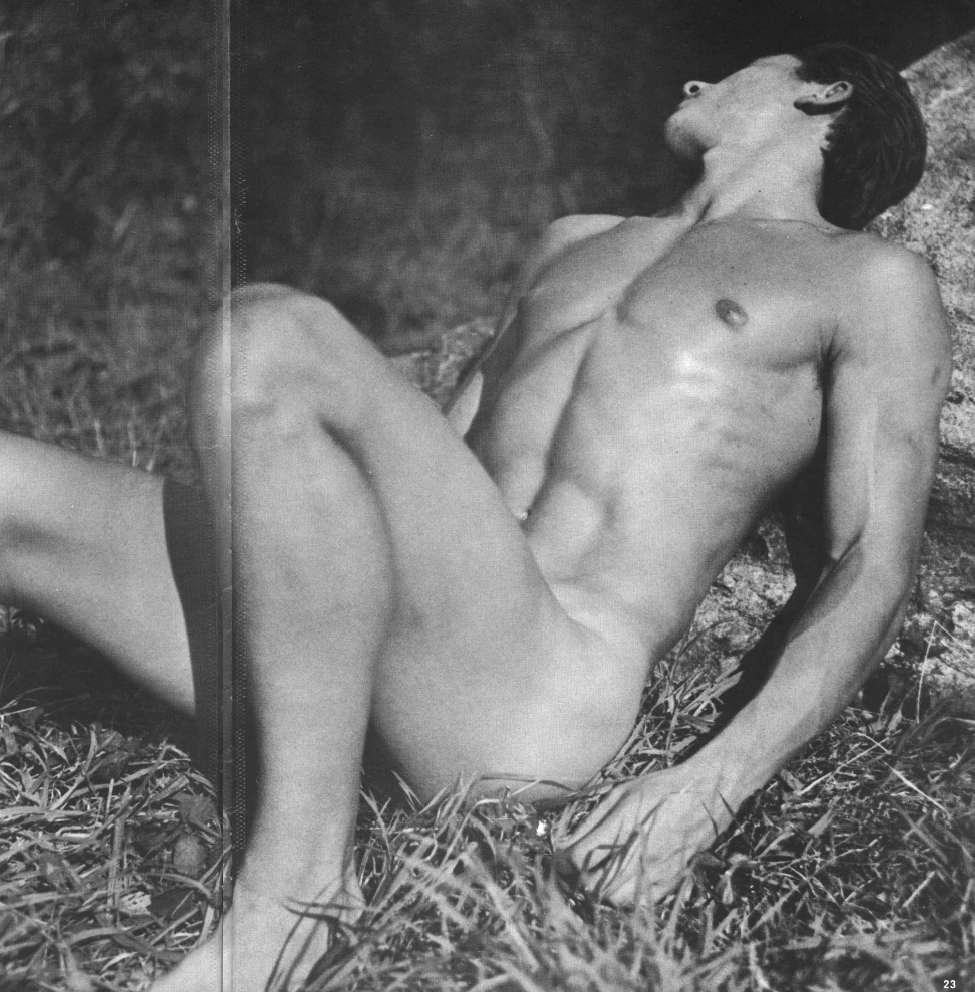 Free Naked Guys 52