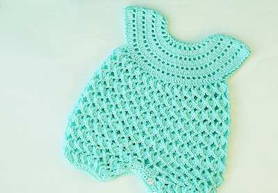 7 - Crochet IMAGEN Pelele rosa para todo el año. MAJOVEL CROCHET