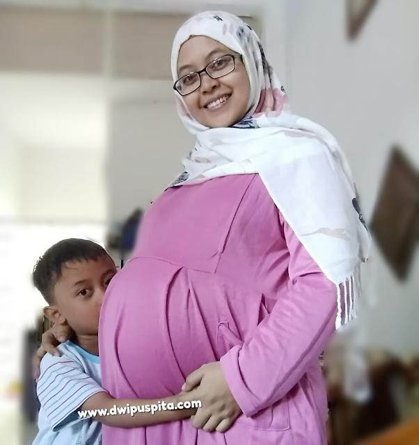 Cara mengatasi mual saat hamil