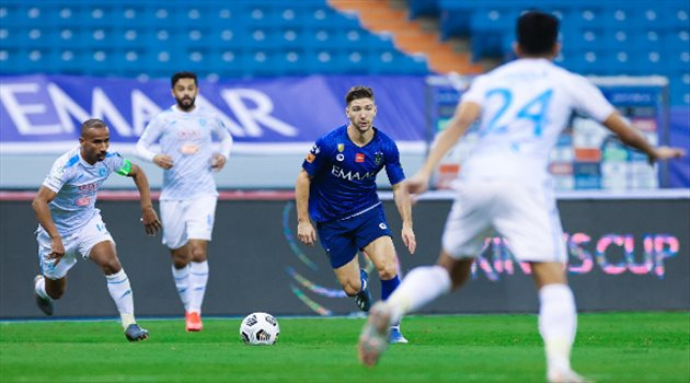 تعرض نجم الهلال السعودي لإصابة قوية في مباراة أجمك بدوري أبطال آسيا