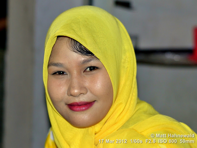 people, Indonesian Muslim lady, street portrait, headshot, Indonesia, Sumatra, Banda Aceh, beauty, hijab
