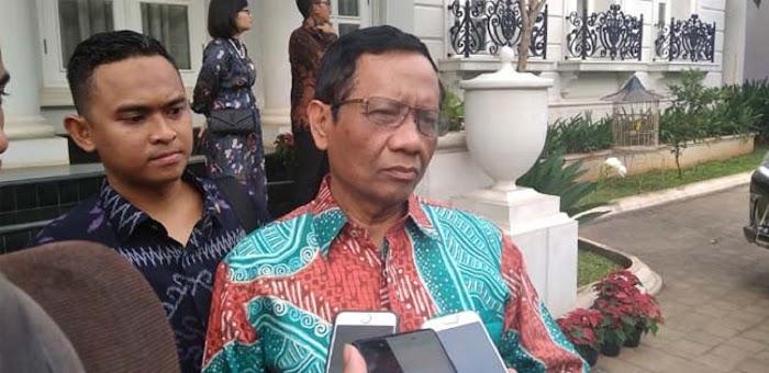 Pesan Mahfud MD: Ravio Patra Hati-hati Jaga Hape Agar Tidak Diretas