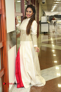 Telugu Actress Sri Reddy Mallidi Stills in White Beautiful Dress at Marriage Needs Bridal Fashion Week 2017 Logo Launch  0028.JPG