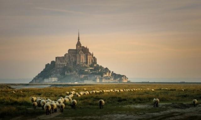 Yüzyıllardır İhtişamını Koruyan Kaleler
