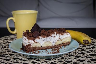 Ciasto bananowe z bitą śmietaną