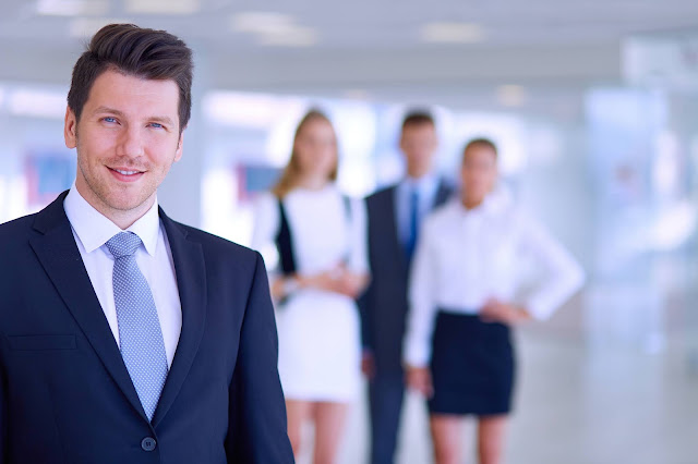 9 Tips Menjadi Pemimpin yang Baik di Tempat Kerja