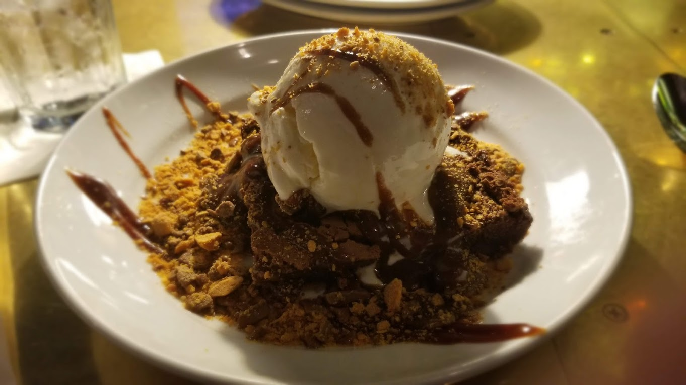 Butterfinger Brownie Sundae, delicious!