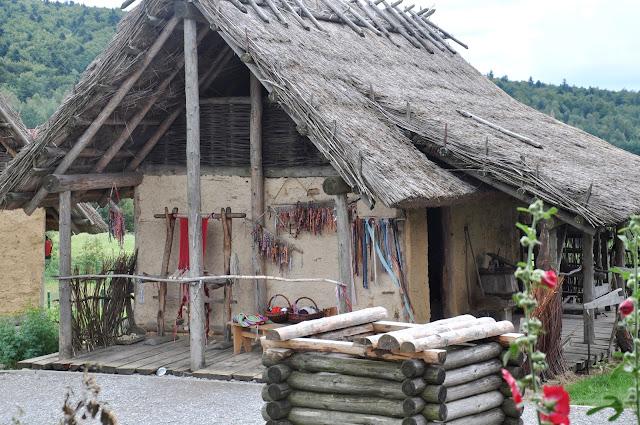 huta szklana, osada średniowieczna, święty krzyż