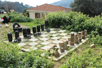 scacchi giganti a bussana