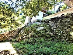曹源寺の石垣(鳥取県三朝町曹源寺)