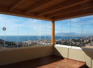 Cerramiento de terrazas en Málaga