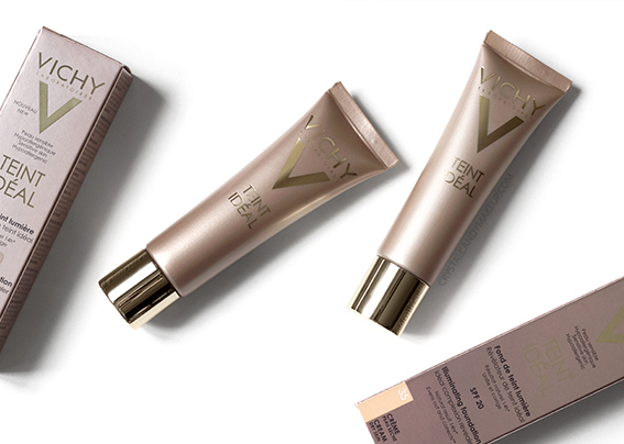 Vichy Teint Idéal Illuminating Cream Foundation Review Swatches Before After 25 35 Rosy Sand